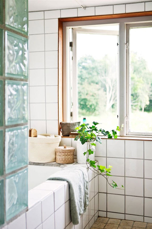6x6_white_bathroom_tiles_11