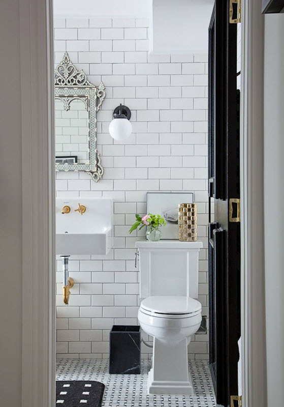 bathrooms_with_white_subway_tile_32
