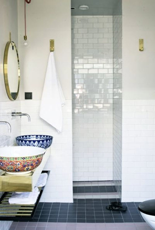 bathrooms_with_white_subway_tile_34
