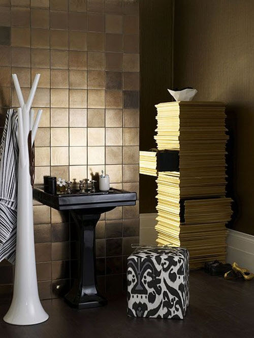 black_and_gold_bathroom_tiles_13