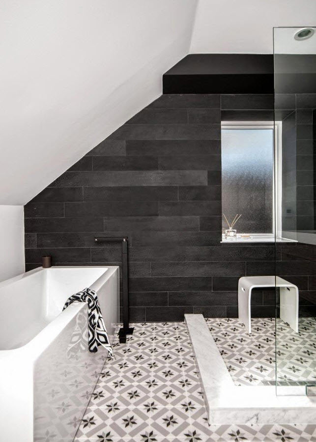 black_and_grey_bathroom_tiles_1
