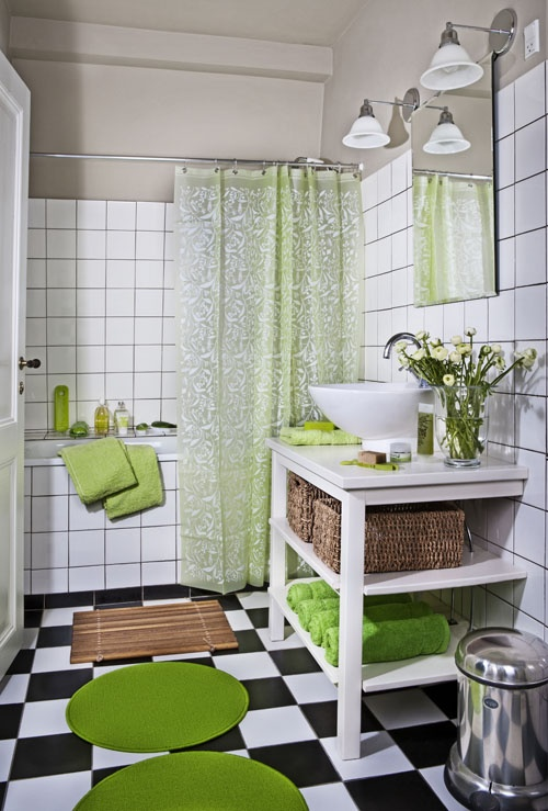 black_and_white_bathroom_tile_27