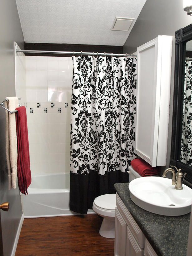 black_and_white_bathroom_tile_7