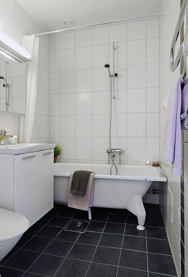 black_and_white_bathroom_tiles_in_a_small_bathroom_22