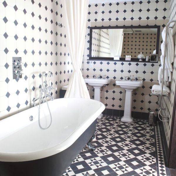 30 black and white bathroom wall tile designs ideas and pictures