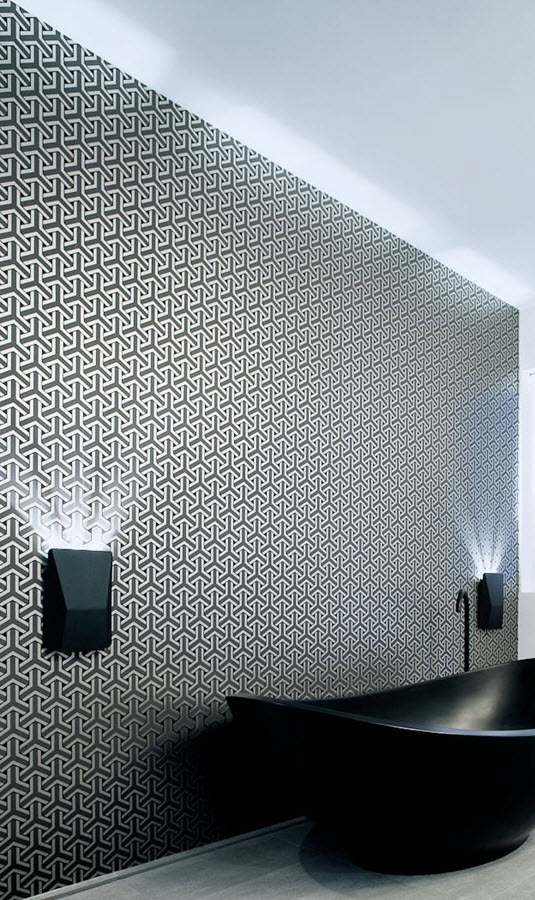 black_and_white_bathroom_wall_tile_designs_26