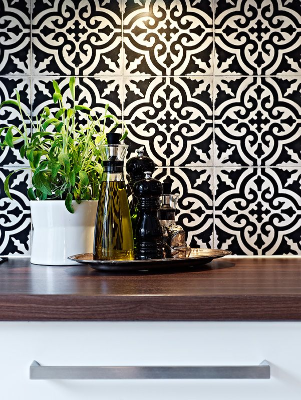 30 Black And White Bathroom Wall Tile Designs Ideas And