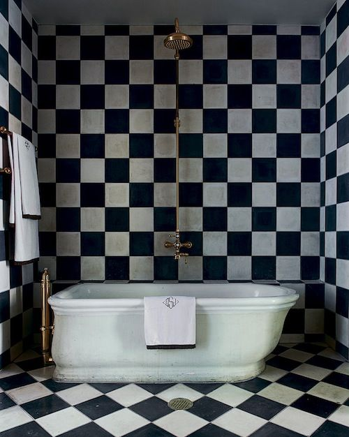 black_and_white_checkered_bathroom_tile_16