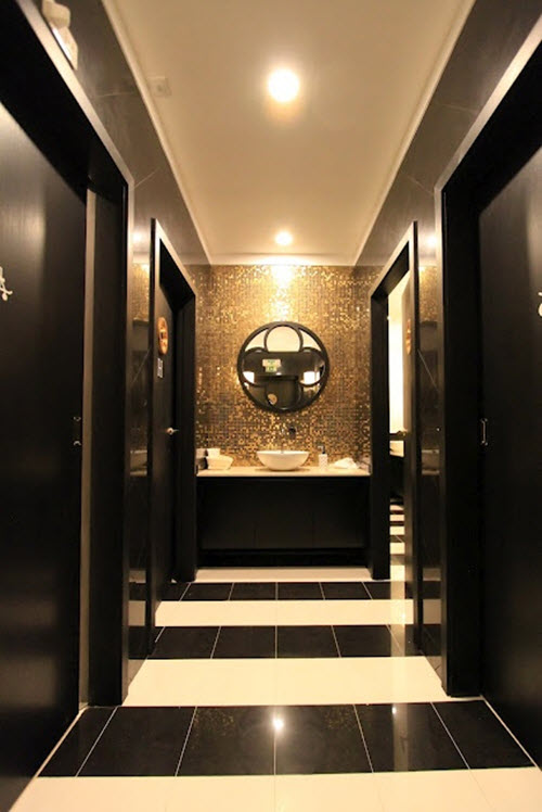 black_and_white_marble_bathroom_tile_22