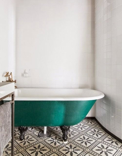 black_and_white_mosaic_bathroom_floor_tile_5