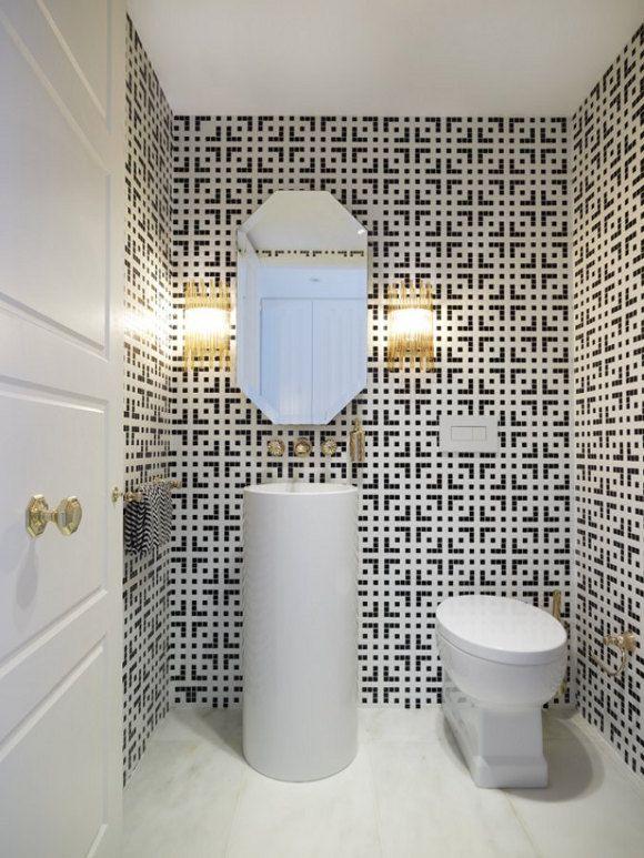 black_and_white_mosaic_bathroom_tile_40