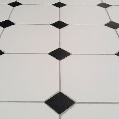 black_and_white_octagon_bathroom_tile_20