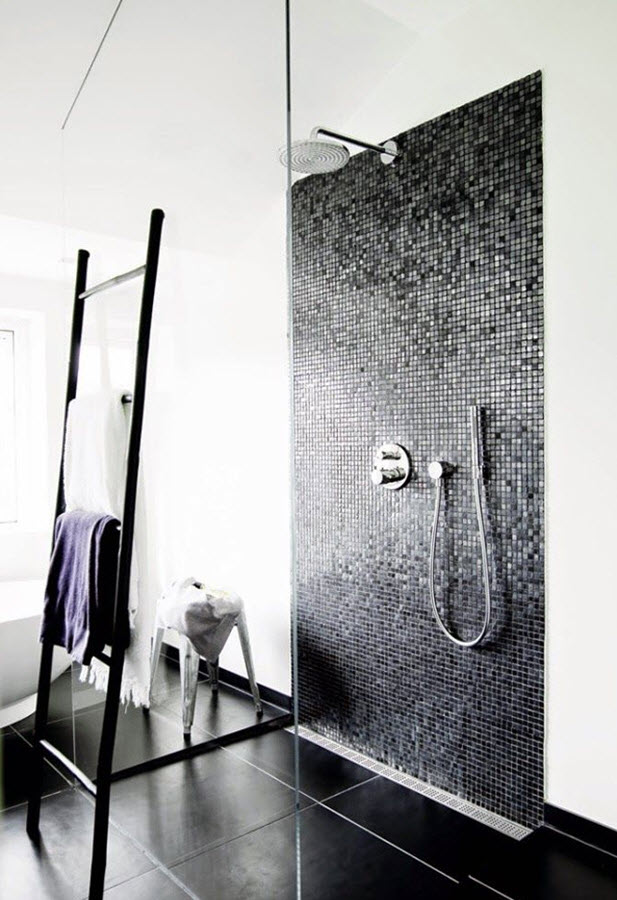 black_and_white_shower_tile_24
