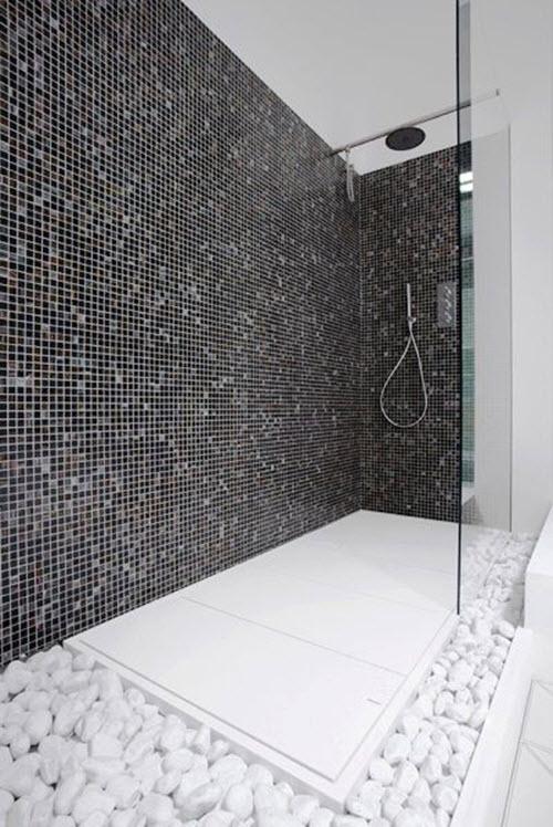 black_and_white_shower_tile_30