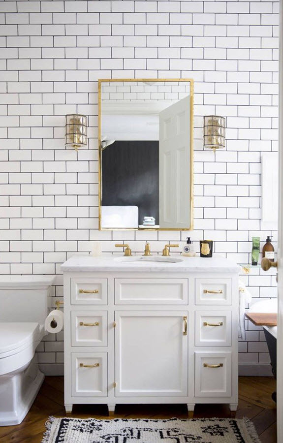 black_and_white_subway_tile_bathroom_21