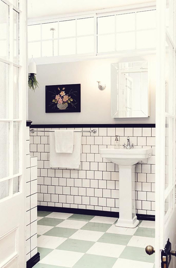 black_and_white_subway_tile_bathroom_22