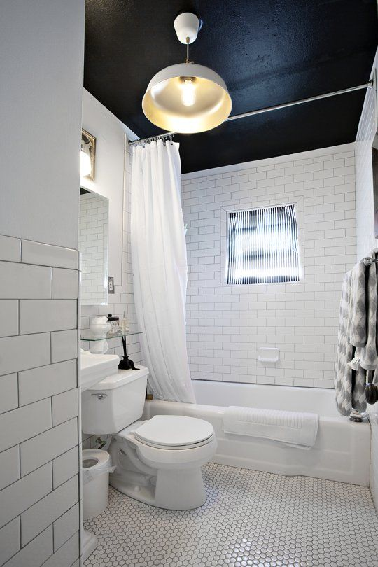 black_and_white_subway_tile_bathroom_28