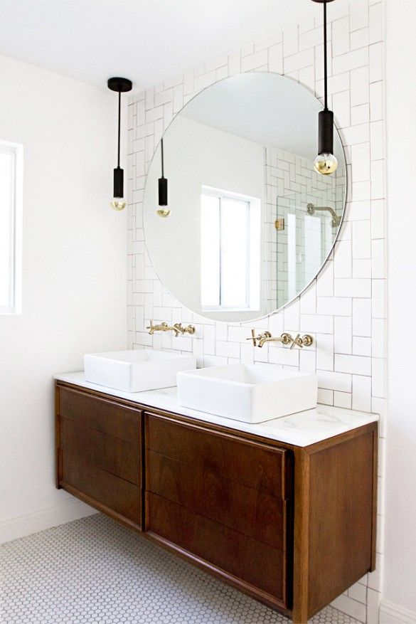 black_and_white_subway_tile_bathroom_9