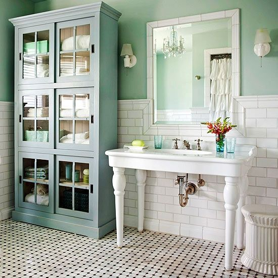 black_and_white_victorian_bathroom_tiles_13