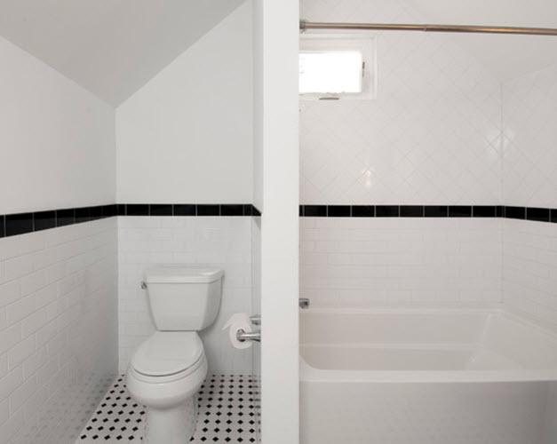 black_and_white_vinyl_bathroom_floor_tiles_3