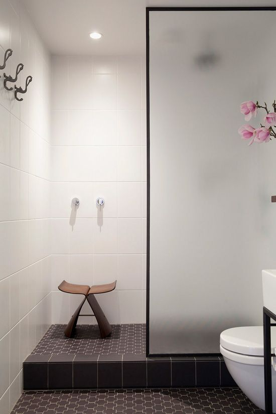 black_bathroom_floor_tile_22