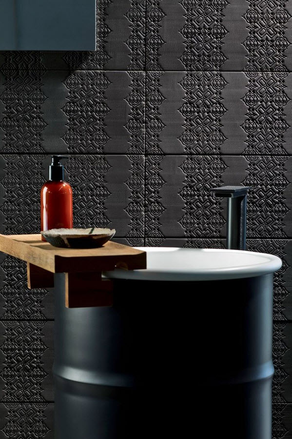 black_bathroom_tile_38