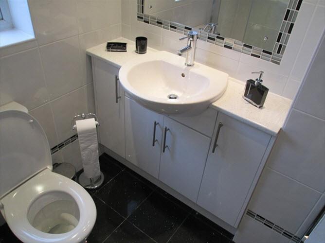 black_bathroom_tiles_with_glitter_5