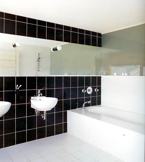 black_bathroom_wall_tile_11