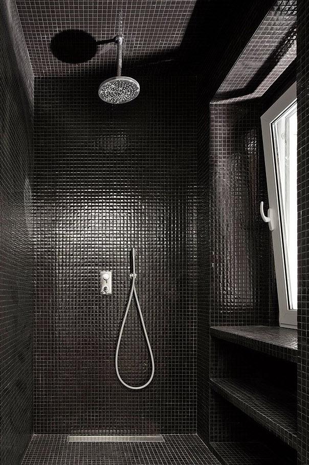black_bathroom_wall_tile_23