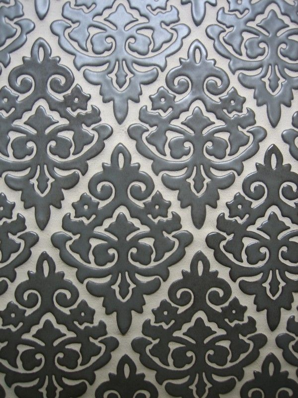 black_damask_bathroom_tiles_9