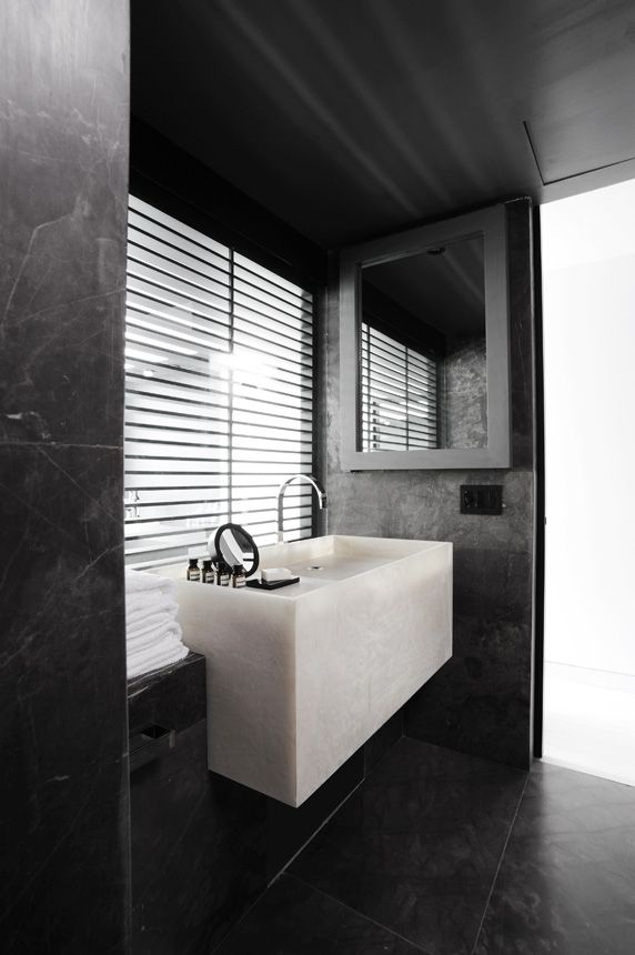 black_marble_bathroom_tiles _5