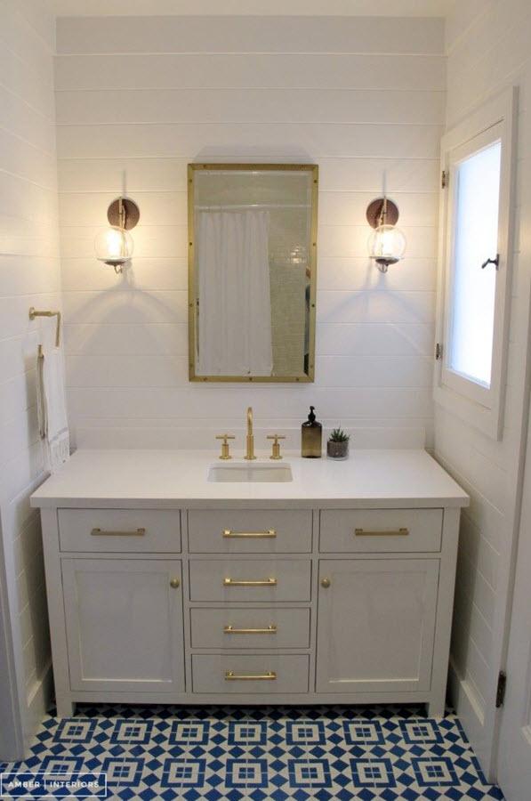 blue_and_white_bathroom_floor_tile_34
