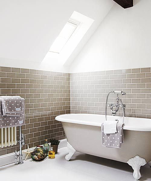 brown_and_white_bathroom_tiles_21