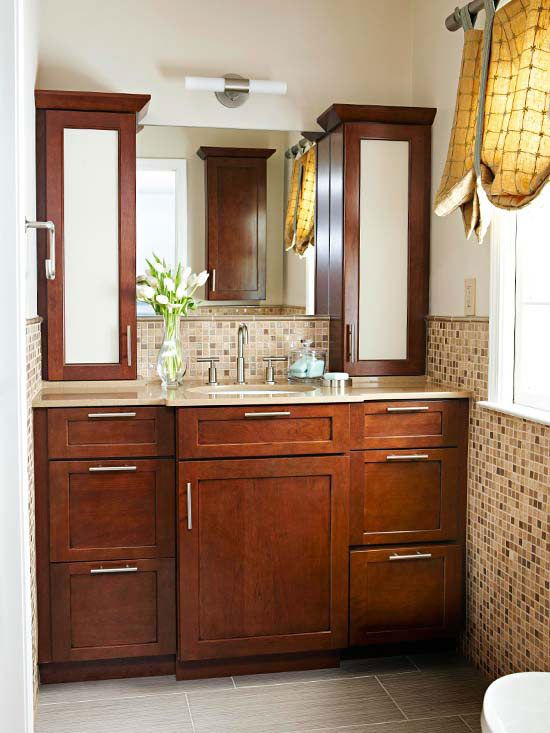 brown_and_white_bathroom_tiles_5