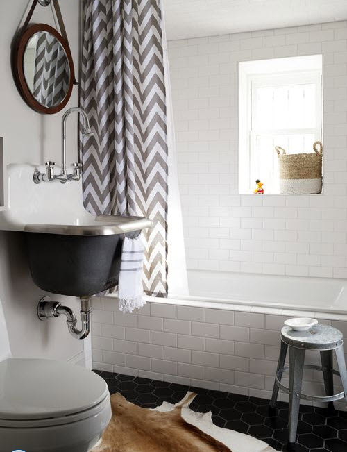 classic_black_and_white_bathroom_tile_32