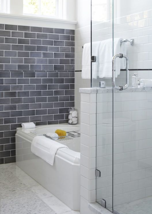 gray_and_white_bathroom_tile_1