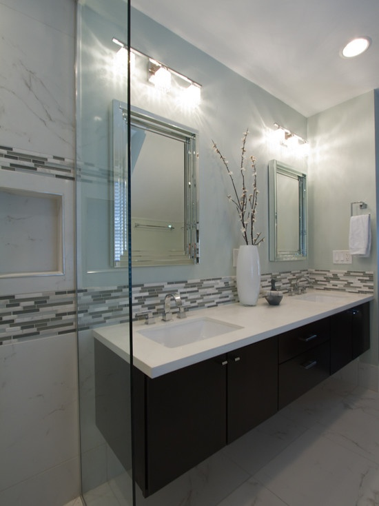gray_and_white_bathroom_tile_2