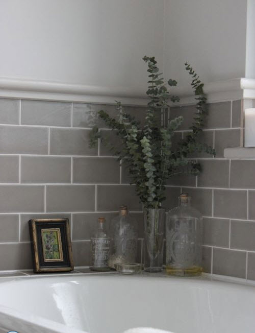 gray_and_white_bathroom_tile_27