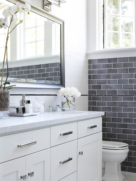 gray_and_white_bathroom_tile_34