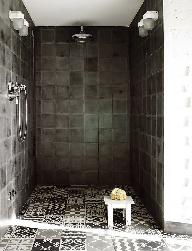 29 grey and white bathroom floor tiles ideas and pictures - Idee deco salle de bains ...