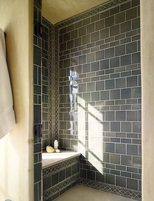 grey_and_white_bathroom_tile_ideas_15