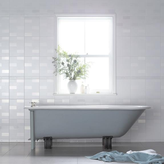 Model  Dropin Tub White Tile Subway Tile White Walls And Slate Floors