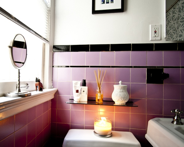 pink_and_black_bathroom_tile_21