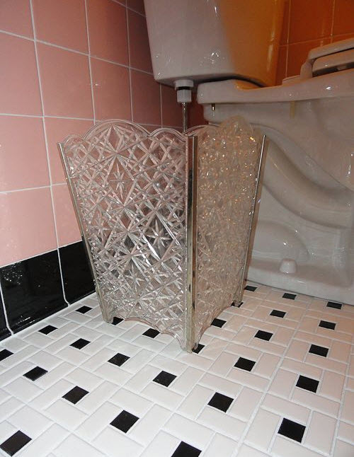 pink_and_black_bathroom_tile_28