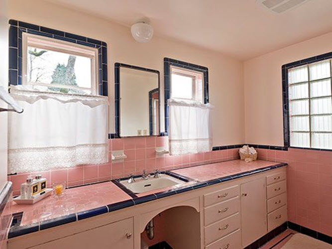 pink_and_black_bathroom_tile_4