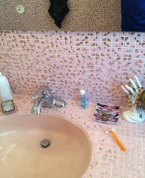 pink_mosaic_bathroom_tiles_27