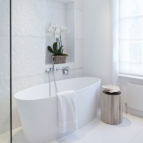 plain_white_bathroom_tiles_25