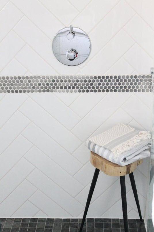 plain_white_bathroom_tiles_36