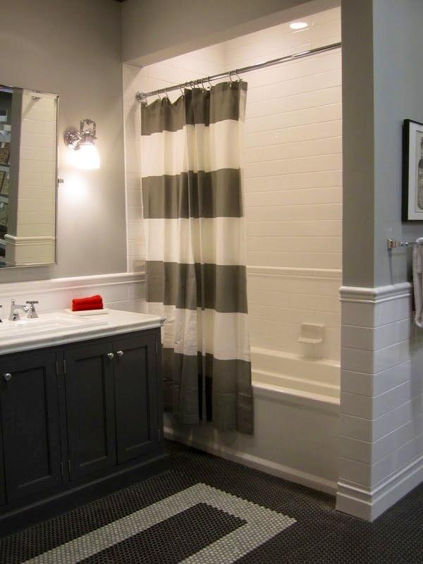 plain_white_bathroom_wall_tiles_30