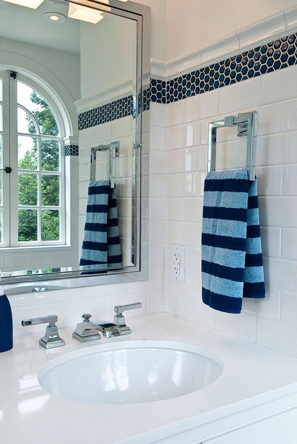 plain_white_bathroom_wall_tiles_31